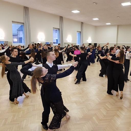 Szkoła Tańca - taniec sportowy - pary taneczne