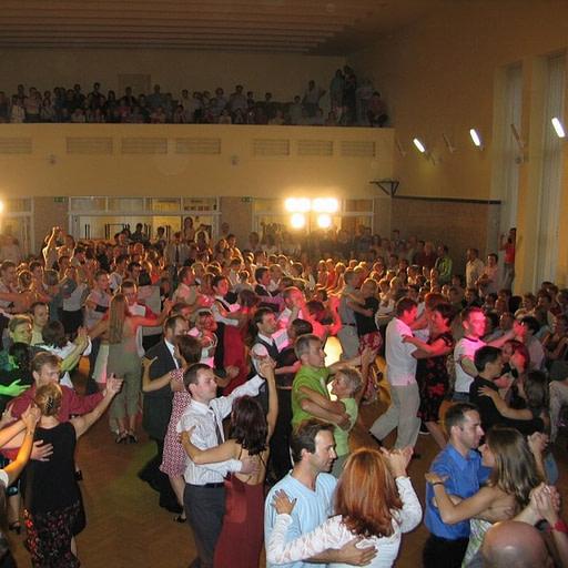 Szkoła tańca - kurs tańca towarzyskiego