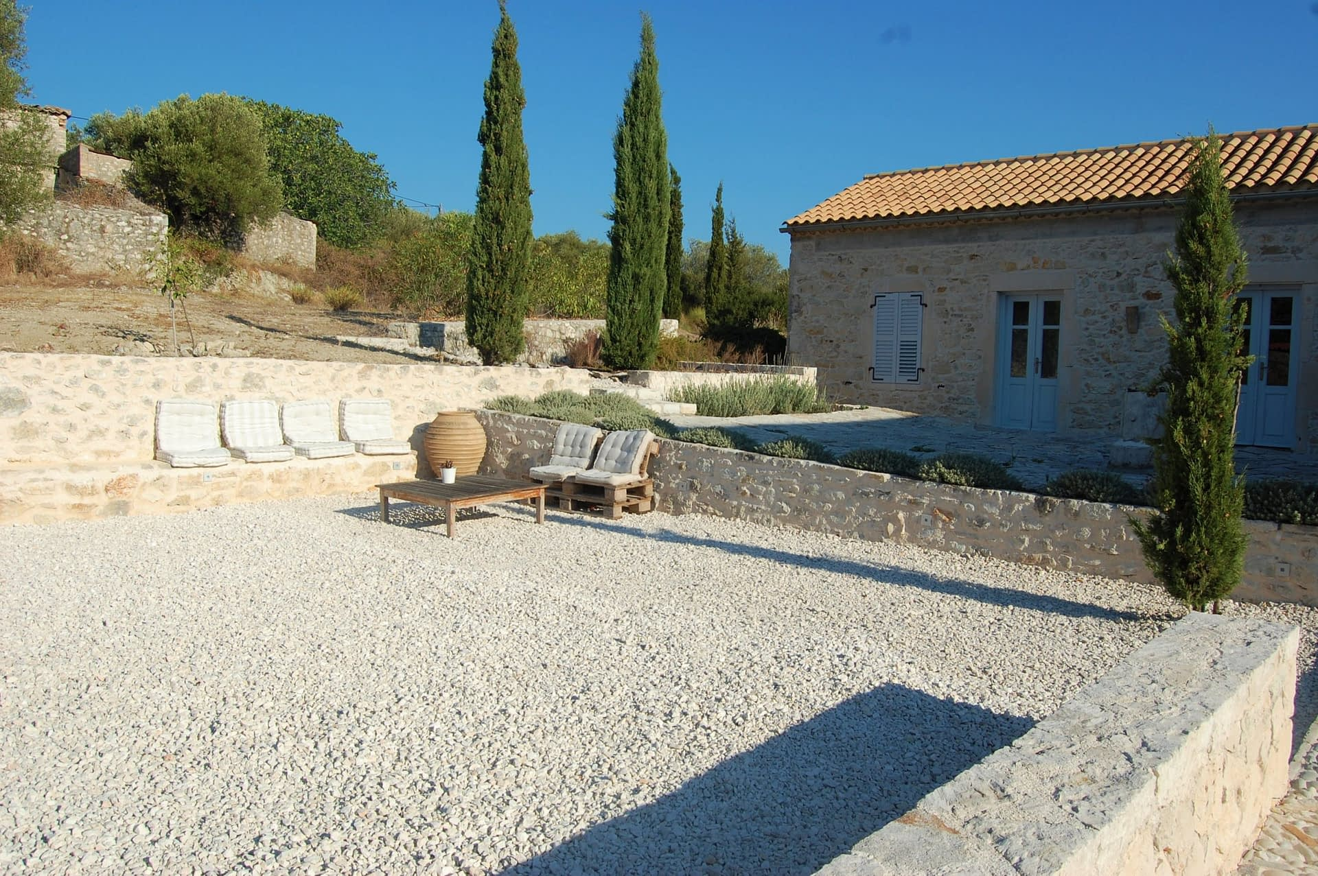 Stone built Villa Kalos and outside courtyard for rent, Ithaca Greece Lahos