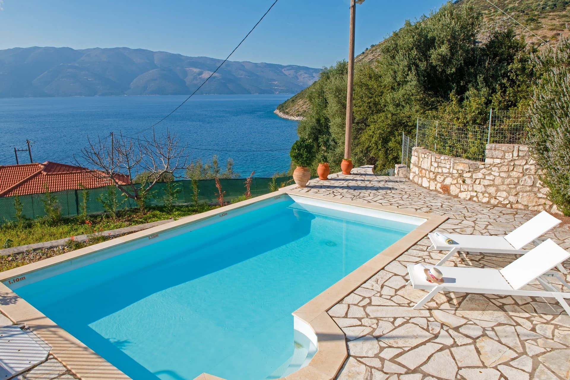 Swimming pool and view of house for rent in Ithaca Greece, Piso Aetos