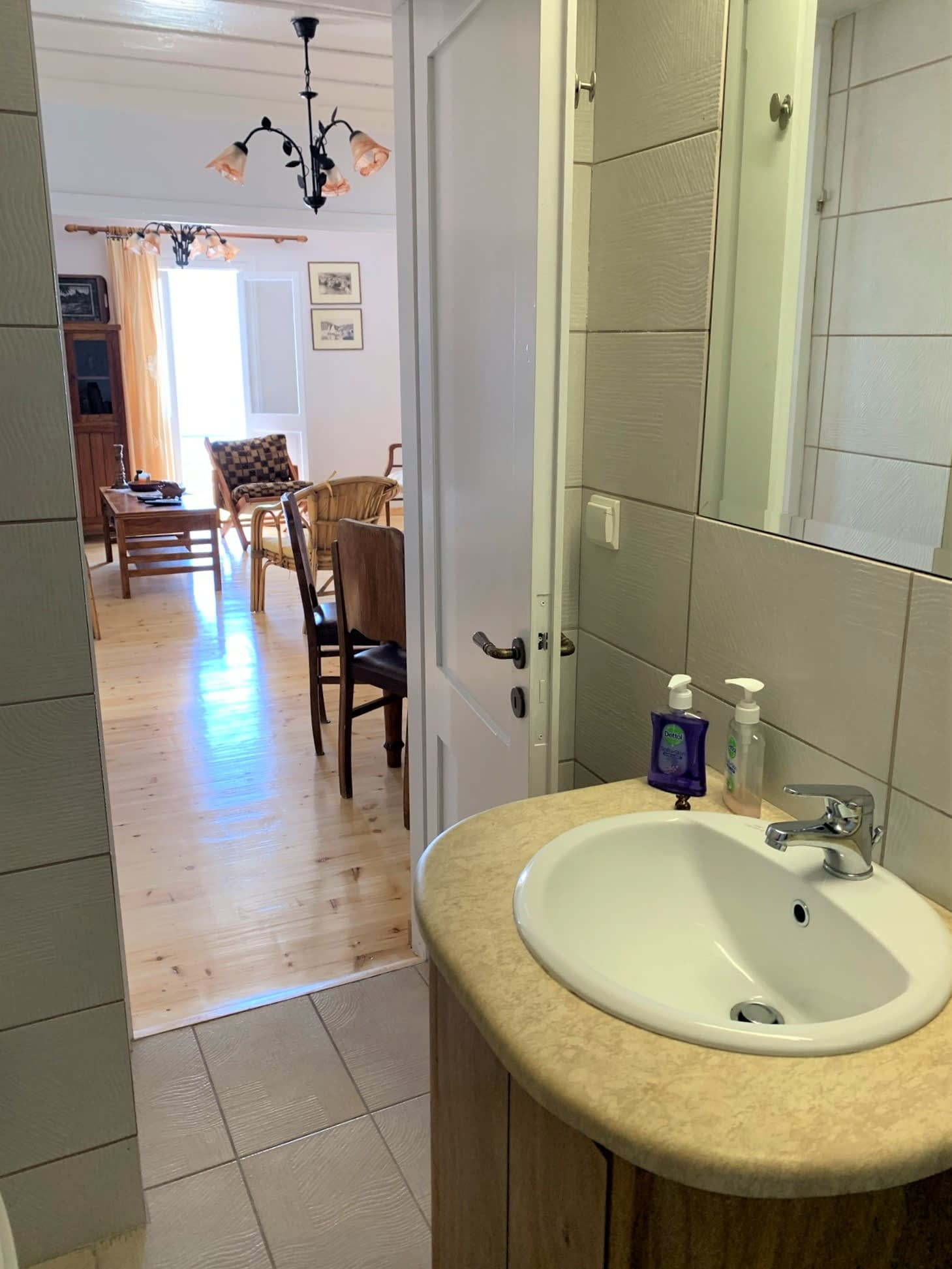 Bathroom of house to rent in Ithaca Greece, Kioni