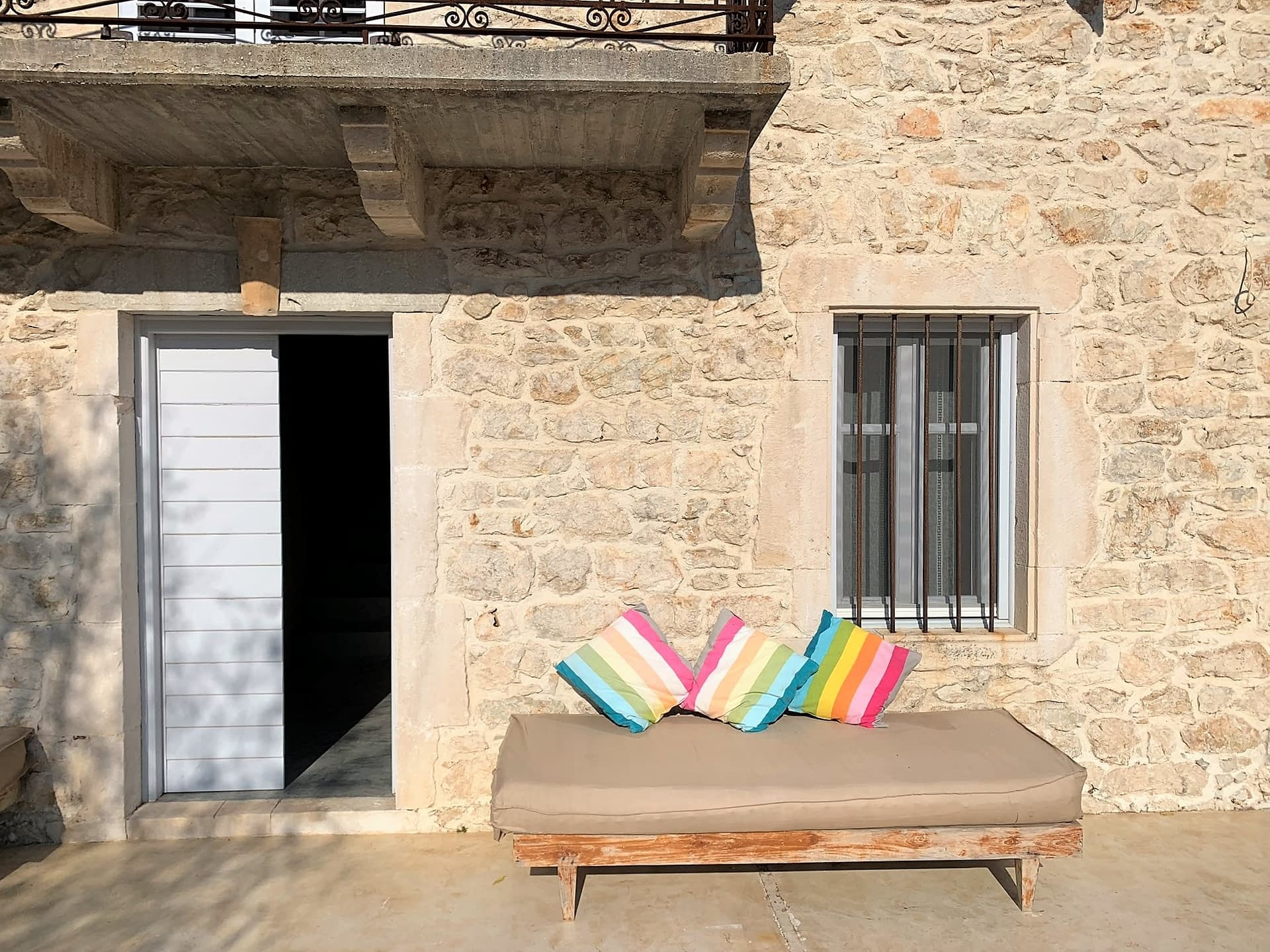 Outside patio of Villa Kalos and outside courtyard for rent, Ithaca Greece Lahos